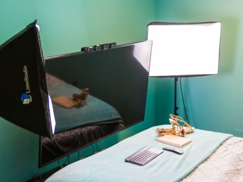 A Beginner's Guide to Camgirl Lighting